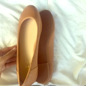 Vince Camuto Cailee nude flat